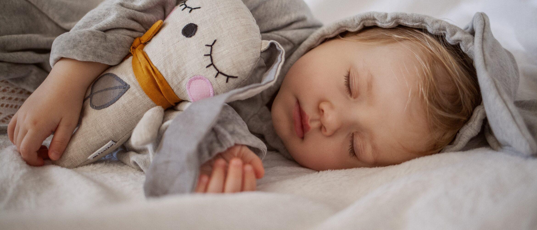 České textilní hračky z rodinné dílny, bezpečné pro miminka a certifikované